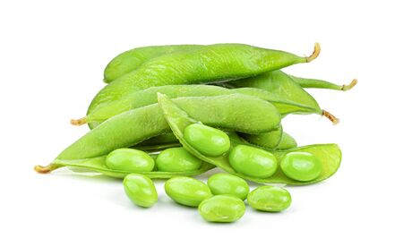 green soybeans in wood spoon isolated on white background 版權商用圖片
