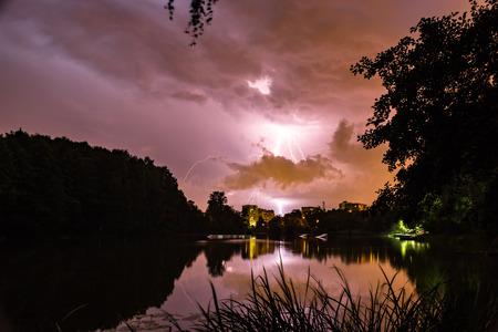 53  5000Vechernyaya groza nad Pekhorkoy, gorodskoy park BalashikhaEvening thunderstorm over Pekhorka, Balashikha city park
