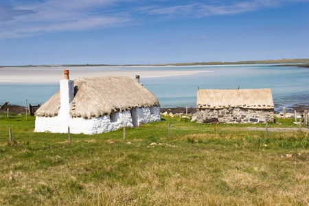 Croft houses near Traigh Ear beach - North Uist (Outer Hebrides)