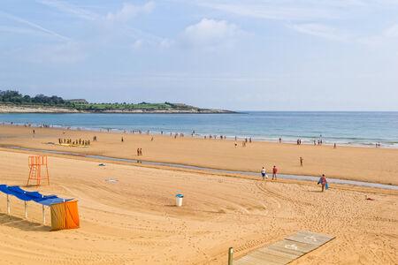 El Sardinero - The popular beach of Santander - Cantabria - Spain 版權商用圖片