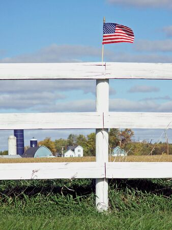 countryside: American farm