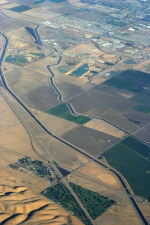 A section of the California aqueduct viewed from an aircraft. Reklamní fotografie