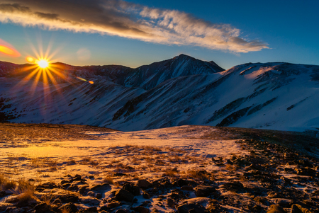 denver at sunrise: Sunrise on Grizzly Peak, Colorado