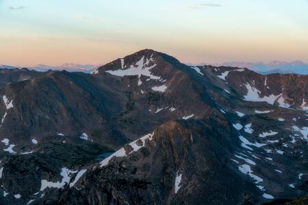 From Arapaho Glacier, a view of Mount Jasper in the early morning.  Indian Peaks Wilderness, near Eldora, Colorado Stockfoto