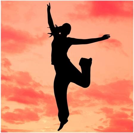 ciel rouge: Silhouette d'une femme sautant avec un ciel rouge