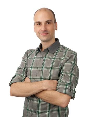 bald man: Retrato de hombre feliz y sonriente, aislados en blanco