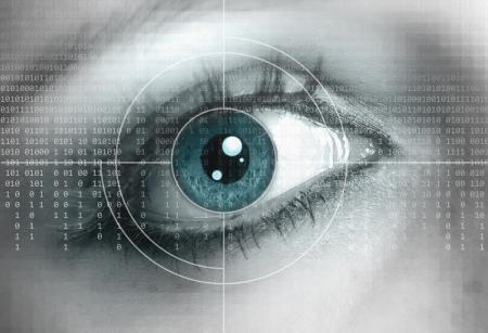 Eye close-up met een technische achtergrond