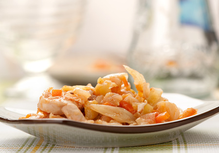 stewed: stewed cabbage with chicken, Onion, and carot