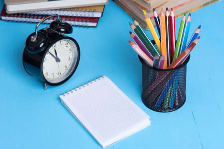 note pad: Blank Note Pad with copy space and colorful Pencils