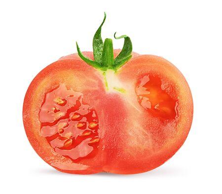 demi-tomate isolé sur fond blanc avec un tracé de détourage.