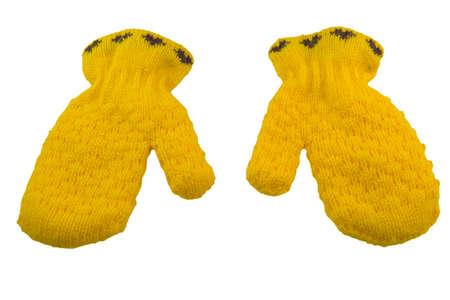 the mittens: tejidas de lana de color amarillo chico mitones aislados en blanco