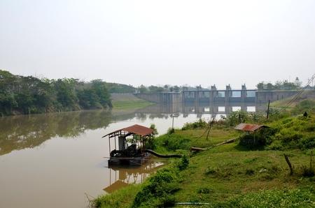 pumping: Dams and pumping stations