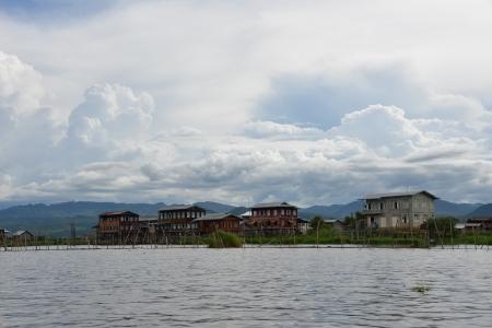 inle: Inle lake houses