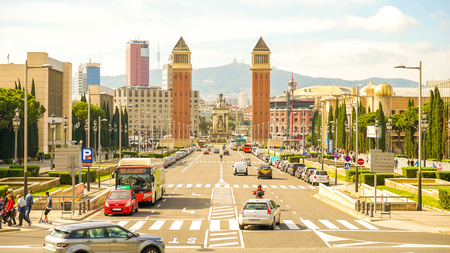 Traffic on the Plaza Espana