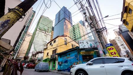 Messy architecture of Manila