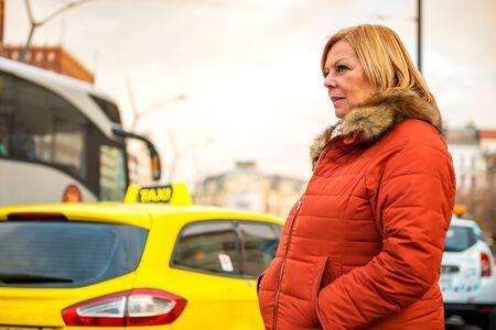 Nice woman on the street Reklamní fotografie