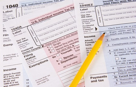 Choose a form 1040, 1040A or 1040EZ to do your tax return Stock Photo