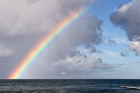 Rainbow on the Hawaiian Island of Kauai new Poipu 版權商用圖片