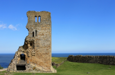 typically english: Exterior of Scarborough Castle ruins, North Yorkshire, England