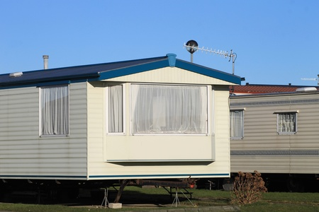 mobile home: Scenic view of mobile homes on caravan park, England. Stock Photo