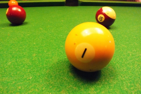 emulate: Three the ball of snooker close up view .