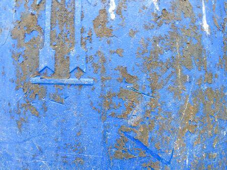 poubelle bleue: Tache sale sur le bac bleu c�t�