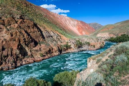 motton: Rapid river Kekemeren, Tien Shan mountains, Kyrgyzstan