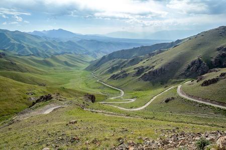 tien shan: Serpentine mountain road, Tien Shan, Kyrgyzstan