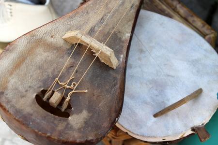 mandolino: vecchio mandolino