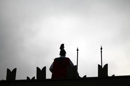 sentinel: sentinel medieval