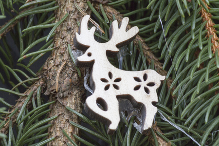 fawn: fawn on the Christmas tree