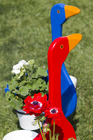 planter: goose wooden planter