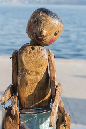 marioneta de madera: marioneta de madera vieja