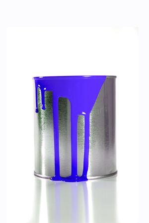 paintbucket: a messy blue paint bucket