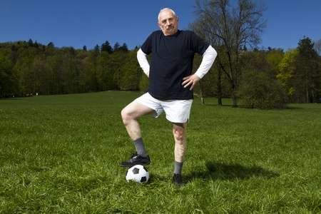 play the old park: Senior football player in the park