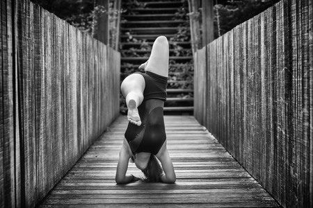 b w: flexible gymnastics toe