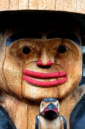 North American Indian wooden totem pole. Ketchikan, Alaska Banco de Imagens