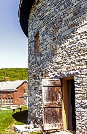Old stone barn in the shaker village, Hancock, Massachusetts Imagens