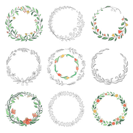 Floral circle doodle frames. Hand drawn linear round borders, florist vintage design elements. Vector doodle circular borders set Stock Illustratie