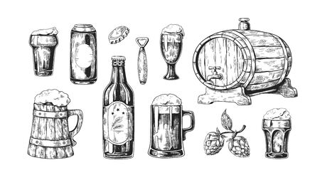 Hand drawn beer. Vintage wooden and glass pub mugs with bear and alcoholic beverages with bubble foam. Vector illustrations drink in bottle and wood cask with ingredients set on white background Иллюстрация