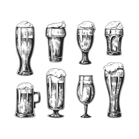 Hand drawn beer glasses. Vintage ink drawing of pub glasses with beer and bubble foam on top. Vector illustrated sketches beverage set isolated on white background Ilustracja