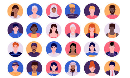 People face avatars. Cartoon smiley multiethnic persons, social media male and female profile circle icons collection, modern minimal colorful group of diverse human. Vector isolated simple heads set Vettoriali