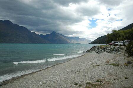 wakatipu: Lake Wakatipu in Queenstown – landscape.