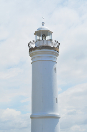 A view of the whole Kiama lighthouse.