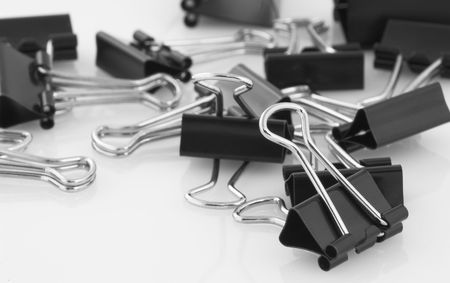 disorganize: A bunch of bull clips ( Stationary )