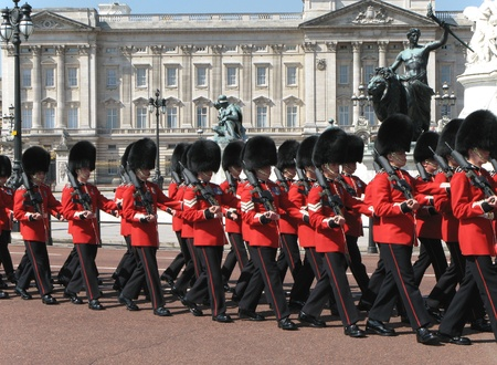 London, England, June 2007 -  changing of the guard at Buckingham Palace Stock Photo - 10006317