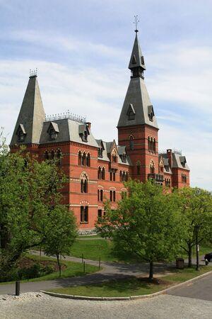 Ithaca, NY, USA, květen 2009 - Cornell University budova