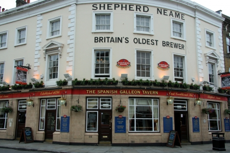 brewery: London Borough of Greenwich, England, June 2007 - old pub and brewery