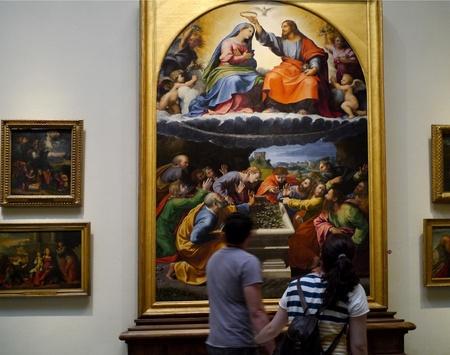 Rome, Italië, oktober 2011 - bewonderen religieuze kunst in het Vaticaan Museum