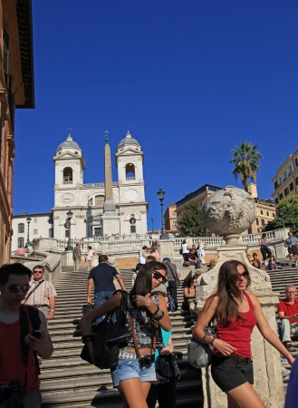 spanish steps: Rome, young tourists on Spanish Steps, October 2011 Editorial